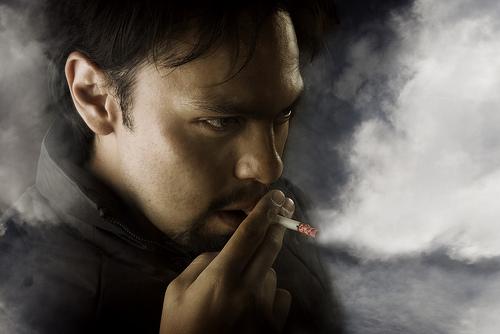 耳鳴りとタバコ
